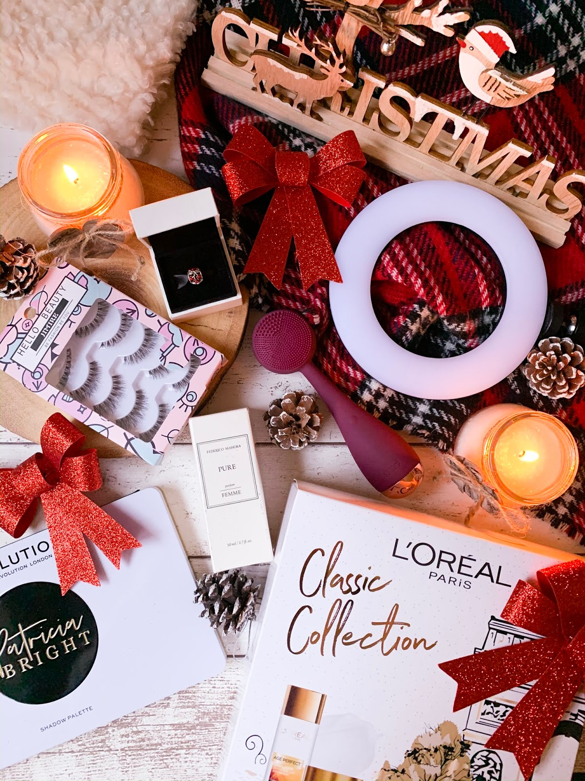 Christmas Gift Guide For Her 2019 Flatlay