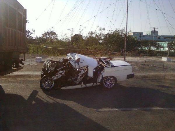 Así quedó el auto de Yadier Pedroso en el accidente que le quitó la vida