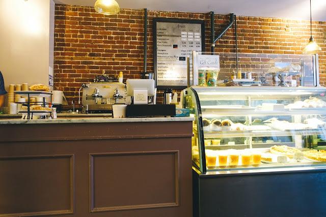 アーモンダイン・ベーカリー(Almondine Bakery)