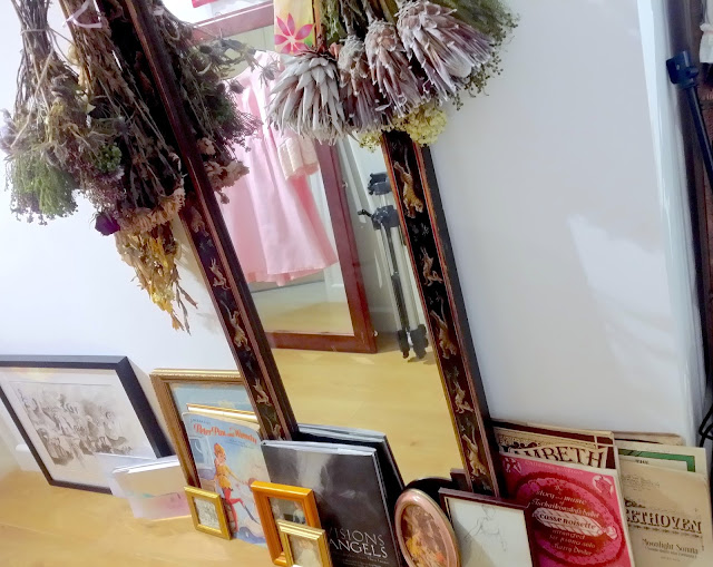 an artist interior home