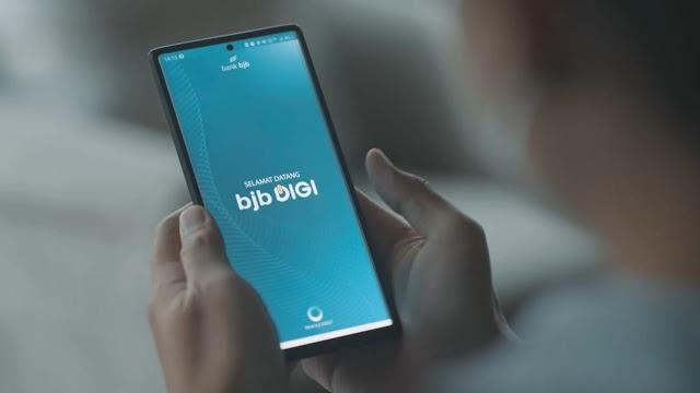 Pertumbuhan Pesat  Mobile Banking, Bank bjb Masuk 10 Terbaik Nasional Versi Infobank