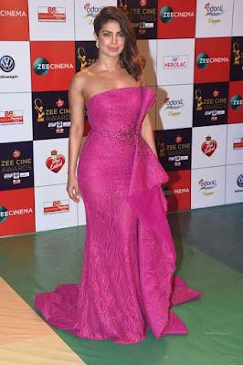 sexy actress and Priyanka, Priyanka Chopra photo, images and best photoshoot, sexy Priyanka Chopra photos