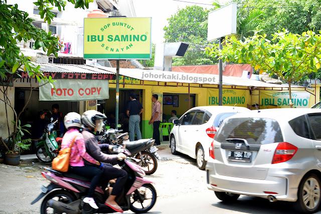 Sop-Buntut-Ibu-Samino-Senayan-Jakarta-Indonesia