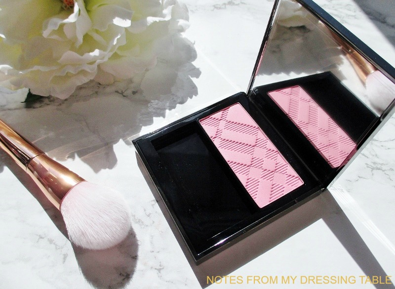 burberry-light-glow-blush-peony-2