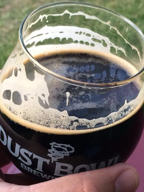 New Holland Dragon's Milk Bourbon Barrel Stout 4