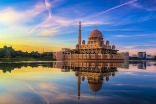7 Destinasi Wisata Unik Dunia yang Jarang Diketahui Orang