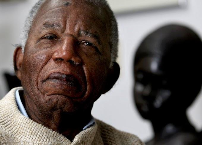 Why Nigerians hate Igbo people – Chinua Achebe