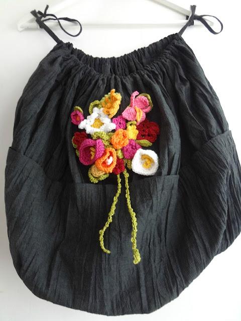 A Bubble Dress into a Yarn Bag – repurpose project