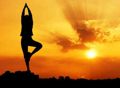 Evening Yoga Poses To Promote Weight Loss