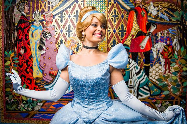 onde encontrar a princesa Cinderela nos parques da Disney