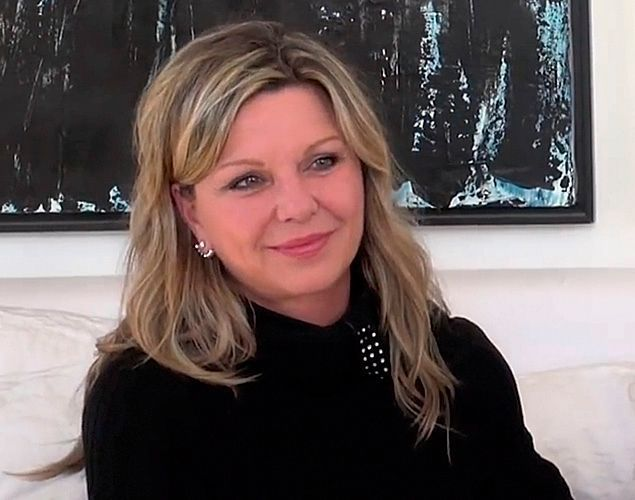 koide9enisrael interview jeanne manson voque ses. Black Bedroom Furniture Sets. Home Design Ideas