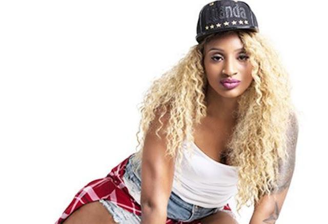 Neide Sofia Feat Yola Semedo - Mulher (Rap)