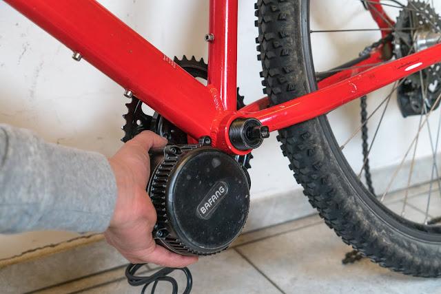 E-Bike-Umbau So baust du dir dein eigenes E-Bike mit Mittelmotor  DIY E-MTB Anleitung zum E-Bike Umbau mit Bafang BBS01 Mittelmotor E-Bike selber bauen aus altem Mountainbike 15