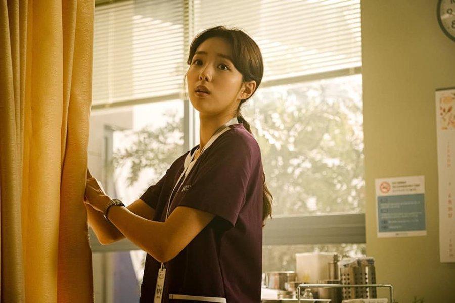 Cast Film Sweet and Sour : Karakter Chae So Bin as Da-Eun