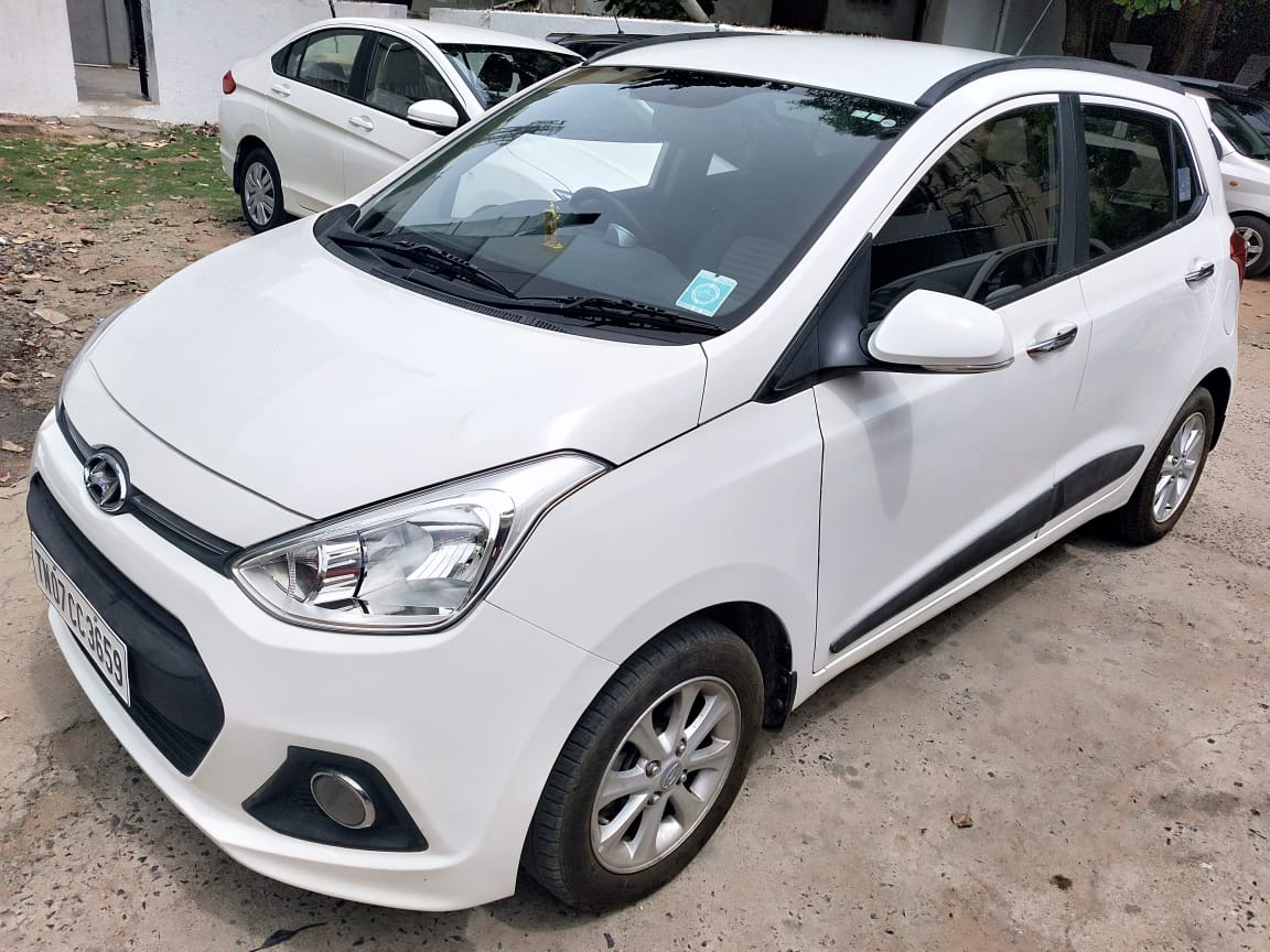 Hyundai Grand i10 Asta Automatic 2015 White 15000 kms Single Owner