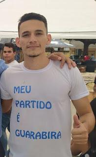 Exclusivo: em grupo de whatsapp, Vitor do Avança fala sobre seu posicionamento ideológico