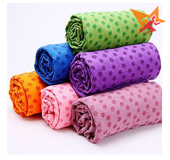 Khăn trải thảm tập yoga nhiều màu sắc