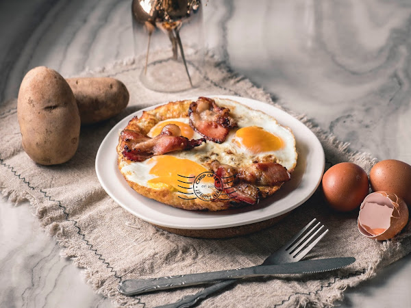 Easy Hashed Browns with Eggs Recipe