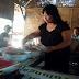 Kepuasan Pengunjung Jadi Prioritas Warung 'Nyi Blorong' di Pasar Sapi Desa Beji