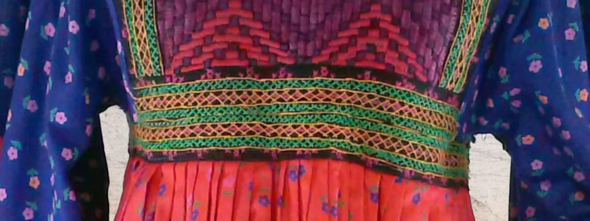 literatura paraibana vestidos iguais oriente afeganistão casamento humor