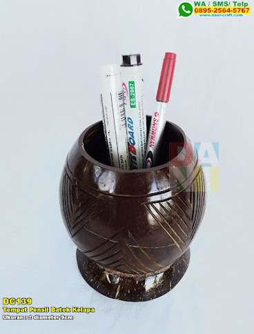 Tempat Pensil Batok Kelapa