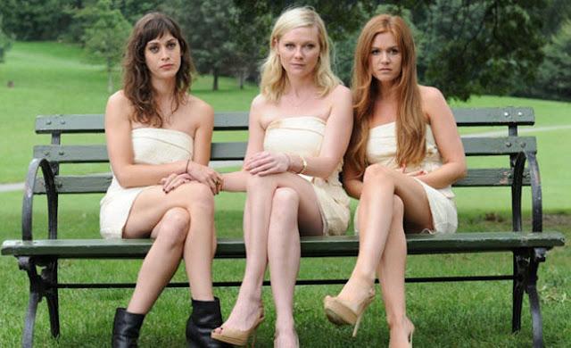 Lizzy Caplan, Kirsten Dunst, et Isla Fisher dans Bachelorette de Leslye Headland (2012)