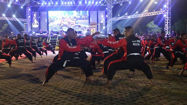 Pangdivif 2 Kostrad Hadiri Festival Seni Pencak Silat Nusantara