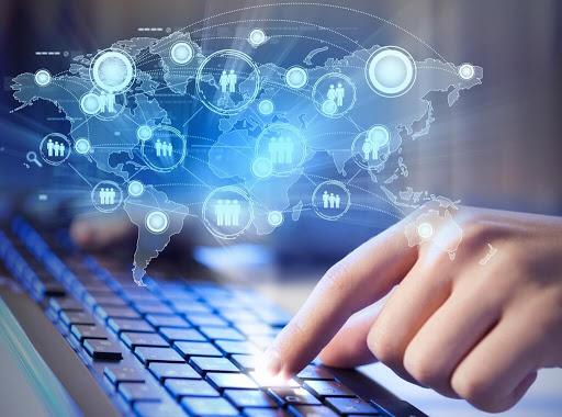 Διαδικτυακές απάτες: Ψηφιακοί εγκληματίες οργιάζουν με τον κορωνοϊό