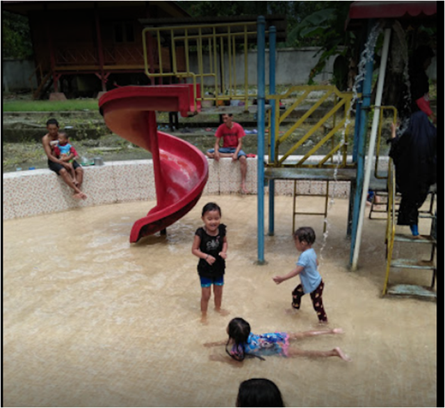 Wahana Permainan anak Pemandian air panas Mantikole Sulteng