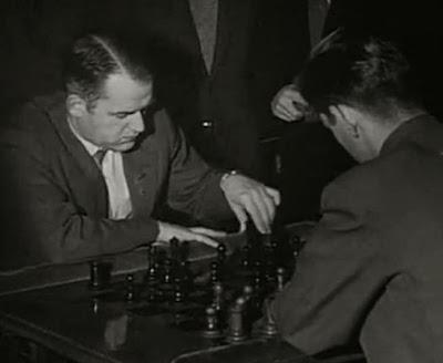 Partida Wolfgang Unzicker vs. Miquel Farré en el II Torneo Internacional de Ajedrez Madrid 1957