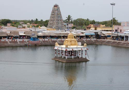 திமுகவிடம் இருந்து ₹60,000 கோடி மதிப்புள்ள 2,000 ஏக்கர் கோவில் நிலங்களை மீட்க நடவடிக்கை