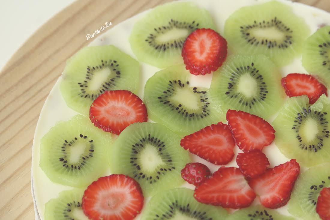 Tarta de yogur y frutas - Punto de Lu