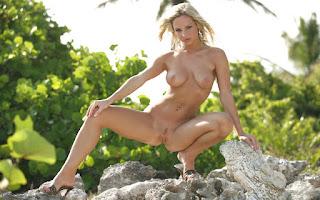 Hot ladies - Vanessa%2BCooper-S01-031.jpg