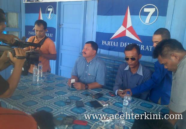 Ketua DPC Partai Demokrat Aceh Singkil di Berhentikan