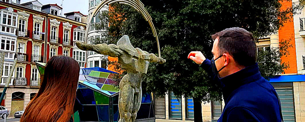 Visita privada a escultura pública Vitoria-Gasteiz