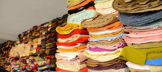 كيف يصنع النسيج أو قماش