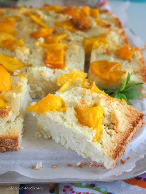 kokosowe-ciasto-z-mango