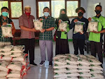 Support Kreativitas Kaum Muda, Pegadaian Syariah Dompu Beli 350 Kg Beras Hasil Produksi Siswa SMKN 1 Hu'u