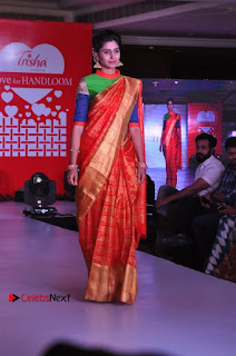South Indian Celebrities Pos at Love For Handloom Collection Fashion Show  0114.jpg