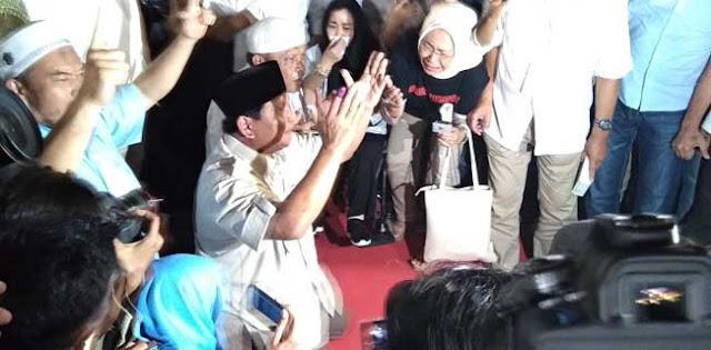 Deklarasi Menang, Prabowo Takbir Lanjut Sujud Syukur