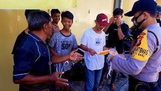 Menuju New Normal, Bhabinkamtibmas Melayu Baru Sosialisasi Protokol Kesehatan