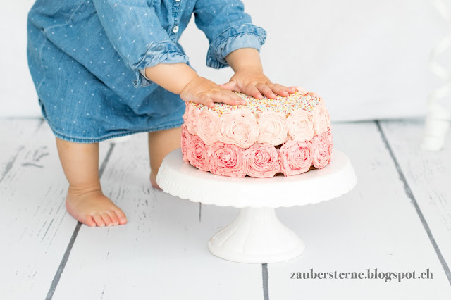 Quarktorte mit Buttercremerosen, Buttercremerosen, Rosentorte, Mädchentorte, rosa Torte, Foodblog Schweiz