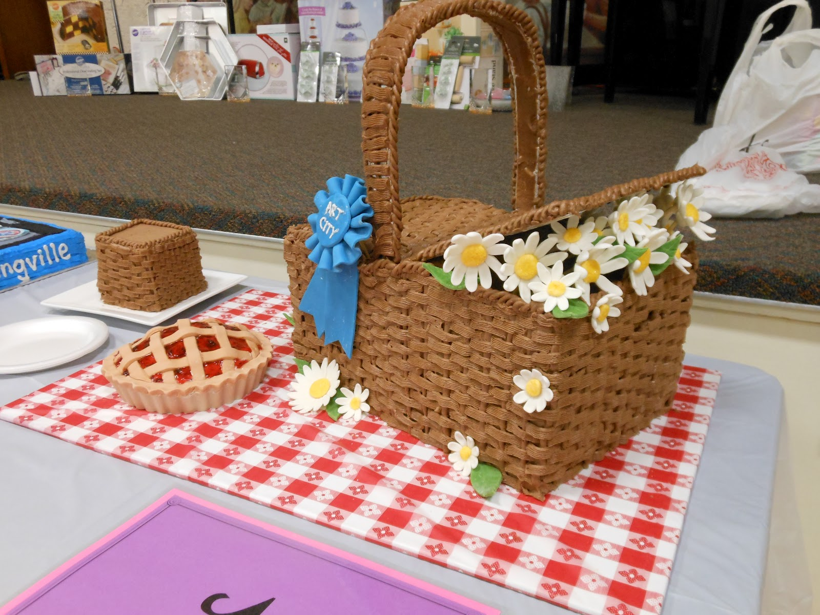 How To Make Picnic Basket Cake