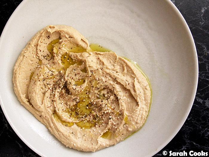 Swirly hummus, olive oil, za'atar