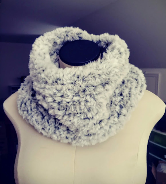 faux fur from knit picks http://shrsl.com/1tt0p