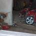 Carro colide em uma casa no povoado de Umbuzeiro, município de Mundo Novo