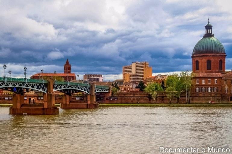 Margens do Rio Garona; parques e jardins de Toulouse