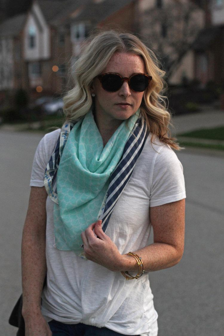monab scarf, bp tee