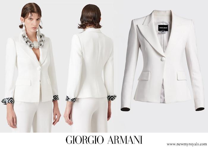 Queen Mathilde wore Giorgio Armani Silk-Blend Cady One-Button Blazer