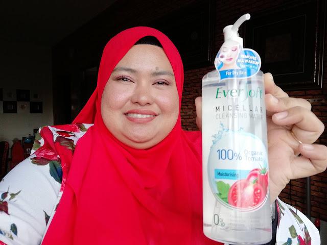 Tanggalkan solekan  dengan EVERSOFT Micellar Cleansing Water